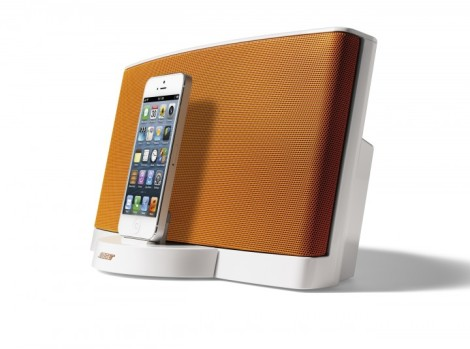 Bose-SoundDock-Serie-III-Digital-Music-System-Limited-Edition-orange_5
